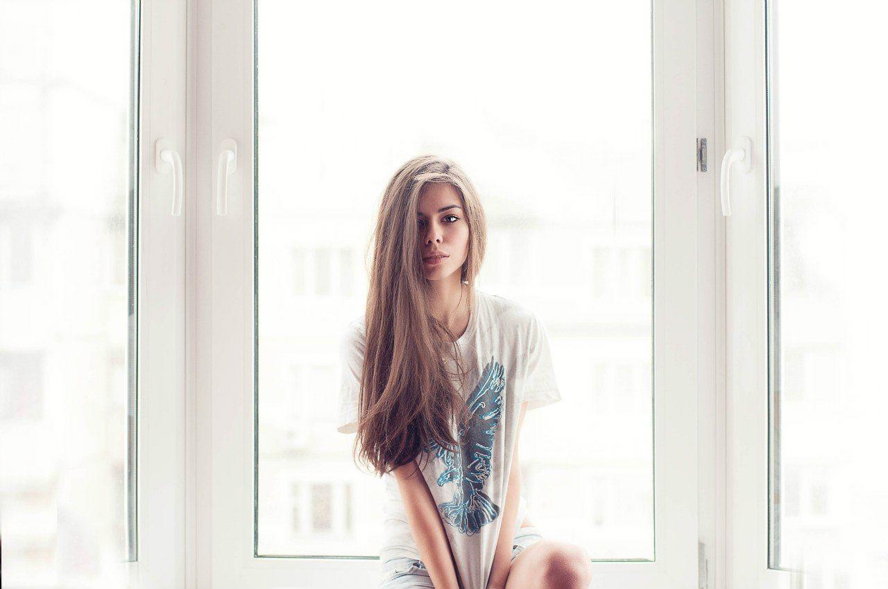 Фотографируя девушек в ночных окнах 18 фотография
